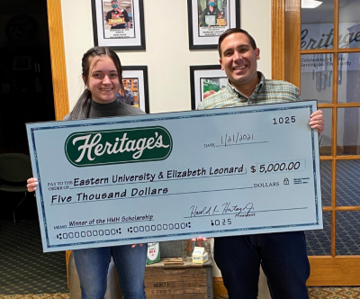 Elizabeth Leonard Receives Harold M. Heritage Scholarship